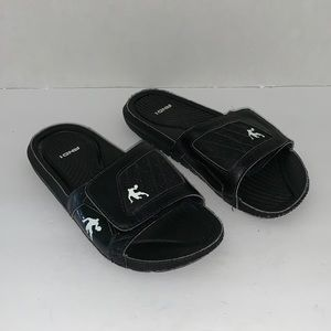AND1 Youth sandals. Size 3-4Y. Velcro closure